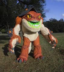 armored kantus wins halloween costume contest stan winston