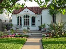 The Inner Of Beautifully Painted Houses Modern Home Interior Design Lawn Garden Antique Courtyard Inside