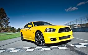 dodge charger vs challenger 2013 dodge challenger srt8 vs charger bee