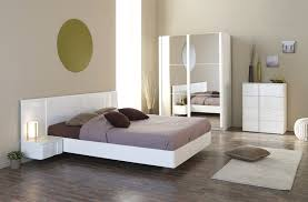 meuble pour chambre adulte deco chambre gris blanc avec beau armoire chambre blanc ravizh com