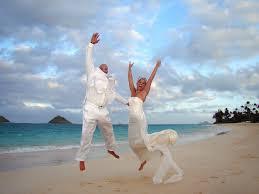 lanikai beach wedding by sweet hawaii wedding