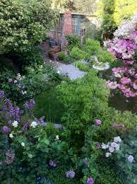 English Cottage Gardens Photos - english cottage garden
