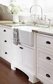 white kitchen cabinet handles and knobs 20 cabinet hardware ideas cabinet hardware kitchen