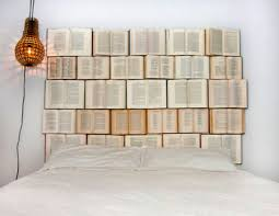 chambre originale adulte design interieur tête de lit originale livres idée chambre adulte