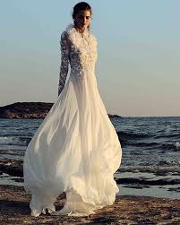 flowing wedding dresses 40 best wedding dresses from bridal fashion week fall 2017 collections
