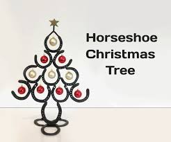 horseshoe christmas ornaments horseshoe christmas tree 13 steps with pictures