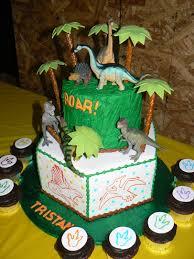 dinosaur cakes birthday animal dinosaur cakes cake gallery cakes