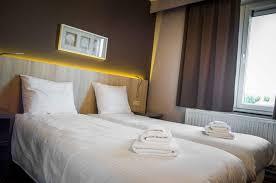 hotel restaurant avec dans la chambre les 100 ciels hôtel restaurant hubert hotels com