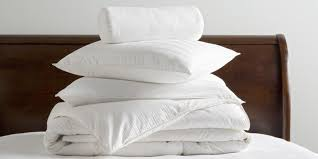 How To Hand Wash A Duvet How To Clean Pillows Cleaning Bed Pillows