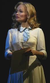 Glinda Good Witch Halloween Costume Kristin Chenoweth Sally Brown Glinda Good