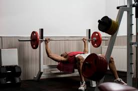 watchfit build up your chest mass bench press vs dumbbell press