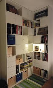 bureau discret étagère de séparation ikea inspirations et un bureau discret et