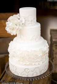 white wedding cake all white wedding cakes the magazine