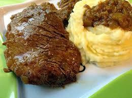boeuf cuisiné recette de steak de boeuf en sauce et la purée de pomme de terre