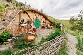 real hobbit house inside a real life hobbit house propertyroom360