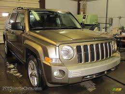 light brown jeep 2007 jeep patriot limited 4x4 in light khaki metallic 377454
