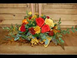 thanksgiving arrangements centerpieces how to make a thanksgiving centerpiece using fresh flowers