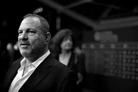 What Women Want Bathroom Scene Everyone Accusing Harvey Weinstein Of Sexual Harassment And