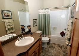 ideas simple bathroom decorating bathroom bathroom ideas on a low budget bathroom decorating
