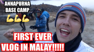 Malay Meme - english guy vlogging in malay for first time youtube