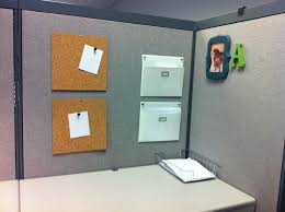 a u0026 o on the go cubicle decor