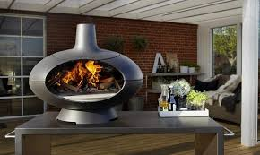 Pizza Oven Outdoor Fireplace by Morso Forno Pizza Oven Doubles As Outdoor Fireplace Homecrux
