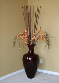 Bamboo Wall Vase In The Corner Of The Living Room There Will Be A Big Vase With