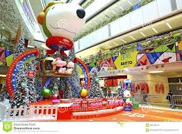 decorations christmas decoration event mall shopping snoopy