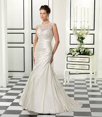 wedding dresses for small bust finding the best wedding dress for small bust is something