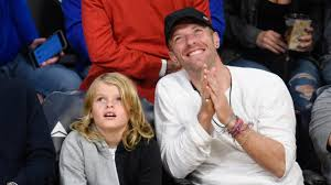 chris martin and gwyneth paltrow wedding gwyneth paltrow u0027s 9 year old son moses looks exactly like his