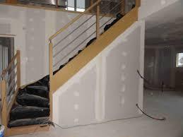 Peindre Escalier Beton Interieur by Escalier Sous Sol On Decoration D Interieur Moderne Peinture Pour