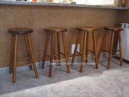 taburetes de pino tabl纉n de anuncios 4 taburetes de pino macizo para cocina