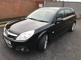 opel signum interior used vauxhall signum hatchback 1 9 cdti 16v exclusiv 5dr in leeds