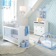 chambre pour bébé idee deco chambre garcon bebe daccoration nuage chambre bacbac un