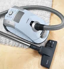 how to vacuum carpets hardwood floors vacuum cleaner tips