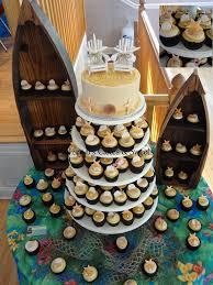 Cake Decorations Beach Theme - best 25 beach wedding cupcakes ideas on pinterest coastal