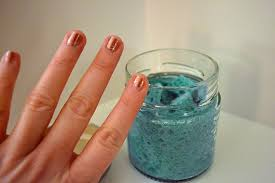 make a thing the best nail polish remover method ever autostraddle