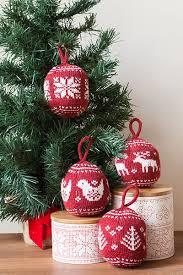 festive fair isle ornaments knitting patterns and crochet