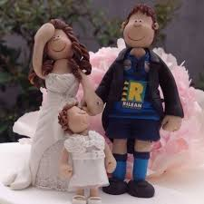 wedding cake toppers on their cakes totally toppers com