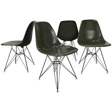 Eames Eiffel Armchair Early Eames Eiffel Chairs U0027dsr U0027 Molded Fiberglass Wire Base