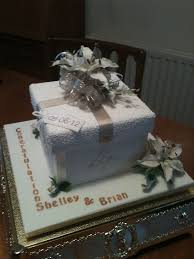 wedding cake gift boxes 62 best gift box cakes images on gift box cakes gift