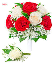buy roses buy the union of and white roses mixed flowers bouquet