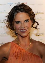 how does natalie morales style her hair natalie morales half up half down natalie morales hair style