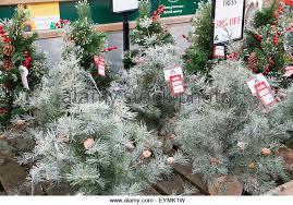 christmas trees decorations on sale stock photos u0026 christmas trees