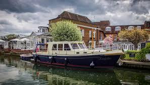 river thames boat brokers henley sales charter ltd boat sales brokers in henley on