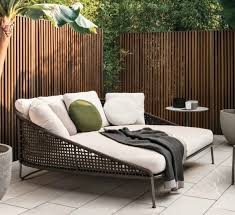 Patio Furniture Couch by Best 25 Outdoor Furniture Ideas On Pinterest Diy Outdoor