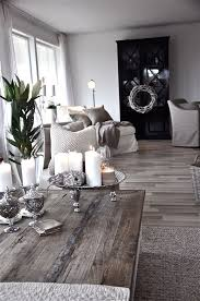 Gray And Gold Living Room by Best 25 Monochromatic Living Room Ideas On Pinterest Luxury