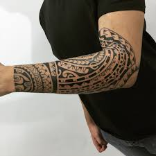 tatouage maorie avant bras bracelet maori tattoo tattoo pinterest maori tattoos maori and tattoo