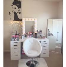 White Fluffy Chair White Rooms Fluffy Desk Chair Girstuff Makeup Interior