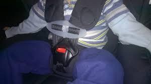 a quel age on enleve le siege auto votre enfant retire ses harnais les solutions chest clip et 5